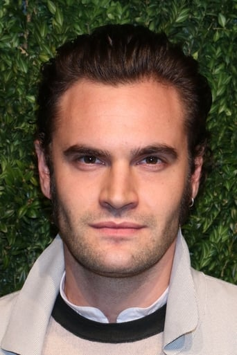 Tom Bateman alias Mr. Bouc