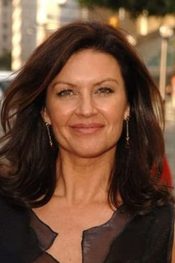 Wendy Crewson alias Laura
