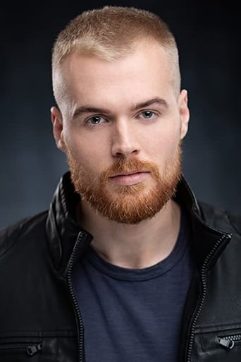 Image of Dustin Lloyd