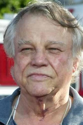 Joe Don Baker alias Brad Whitaker