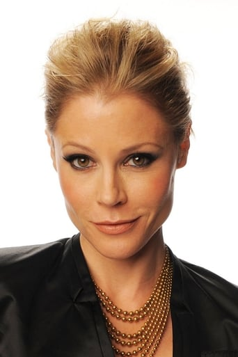 Image of Julie Bowen