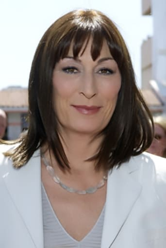 Anjelica Huston alias The Director