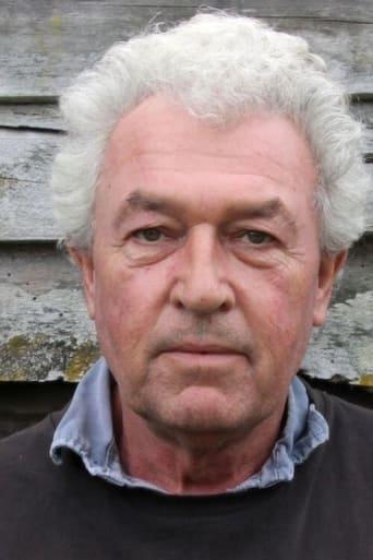 Image of Gavin Richards