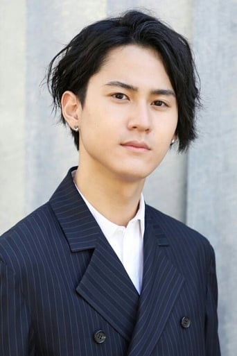 Image of Shunsuke Takeuchi