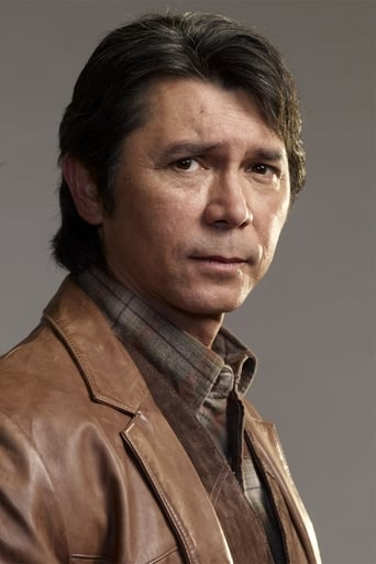 Lou Diamond Phillips alias Gil Arroyo