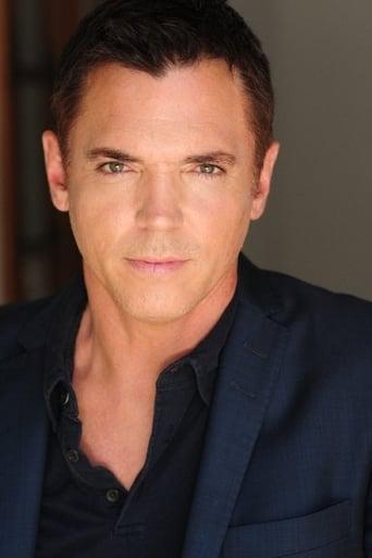 Image of Nicholas Lea