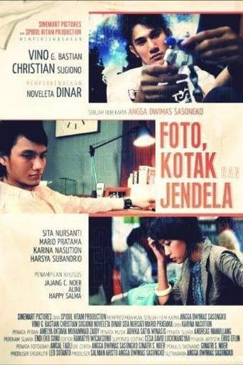 Poster of Foto, Kotak, dan Jendela