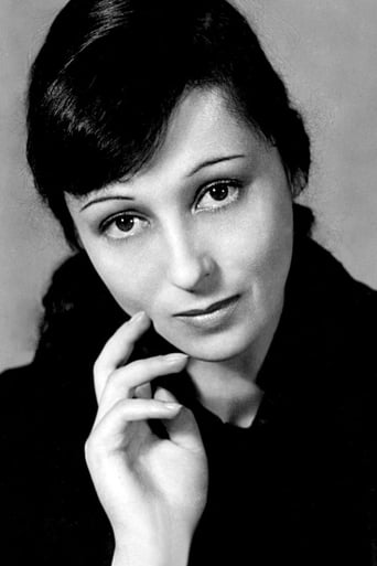 Image of Luise Rainer