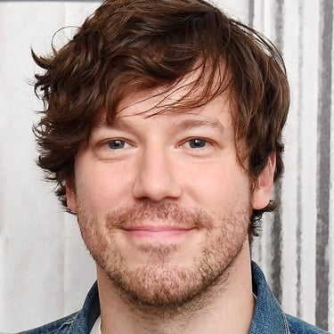 John Gallagher Jr. profile photo