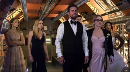 Team Arrow auf Erde X