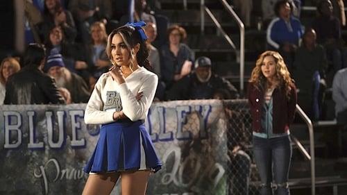 DC's Stargirl - Season 1 - Episode 7: Shiv (1)