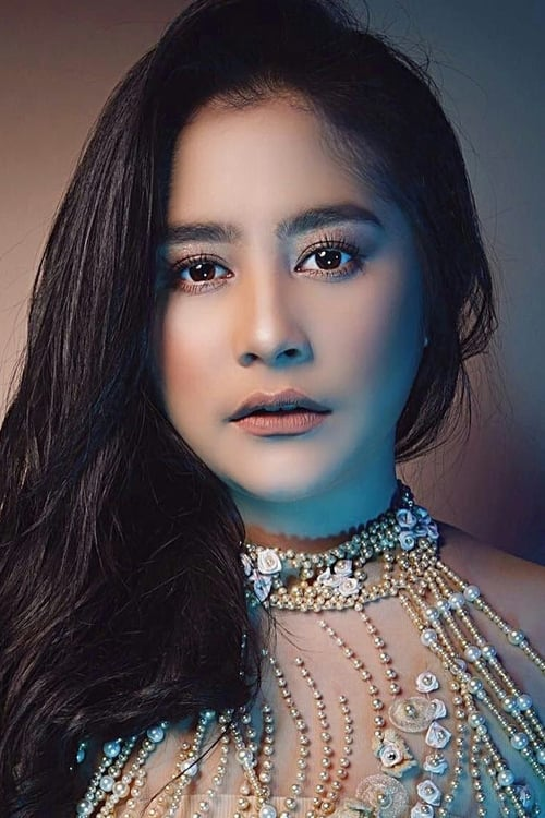 Prilly Latuconsina - Cinemags
