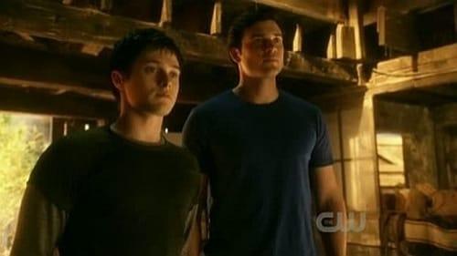 Assistir Smallville: As Aventuras do Superboy S10E16 – 10×16 – Dublado