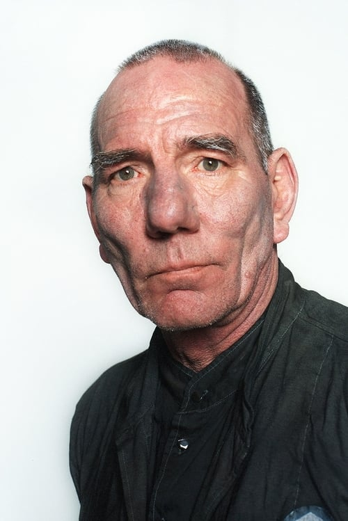 ✽ Pete Postlethwaite actionnements