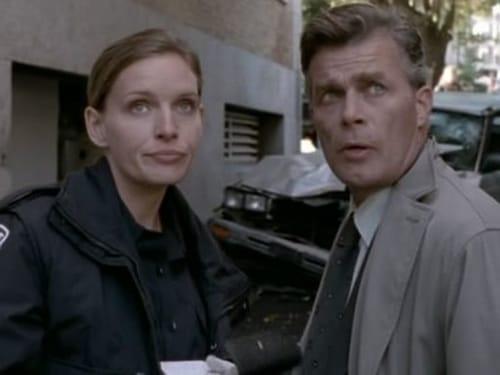 Da Vinci S Inquest 2000 720p Webrip: Season 3 – Episode It's Backwards Day