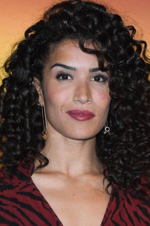 Sabrina Ouazani isLeïla