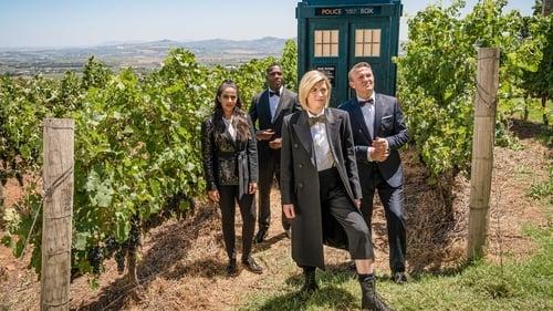 Assistir Doctor Who S12E01 – 12×01 – Legendado