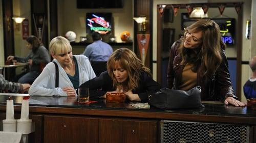 Mom: Season 3 – Episod Mozzarella Sticks and a Gay Piano Bar