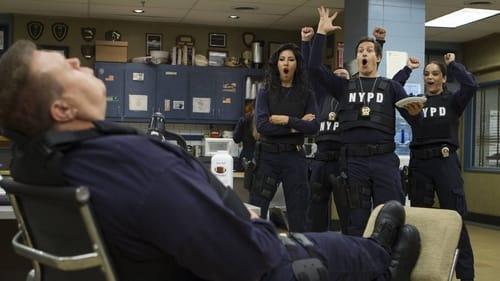 Brooklyn Nine-Nine - Season 2 - Episode 3: 3