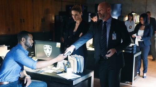 Shadowhunters - Season 1 - Episode 7: Major Arcana