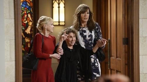 Mom: Season 3 – Episod Diabetic Lesbians and a Blushing Bride