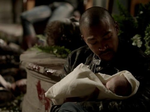 The Originals - Season 1 - Episode 22: From a Cradle to a Grave