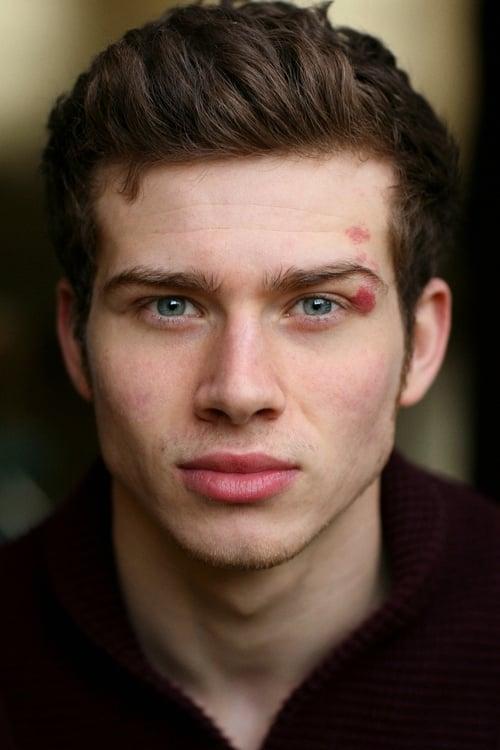 Kép: Oliver Stark színész profilképe