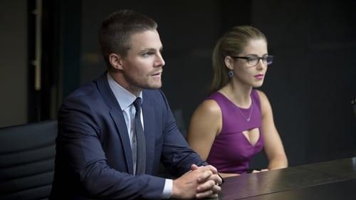 arrow - Season 3 - Episode 1: The Calm