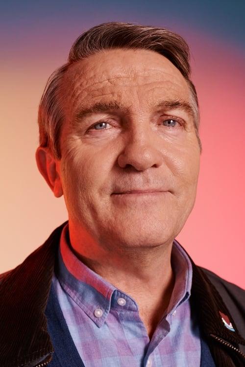 Kép: Bradley Walsh színész profilképe