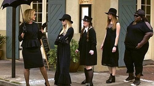 American Horror Story - Season 3: Coven - Episode 1: Bitchcraft