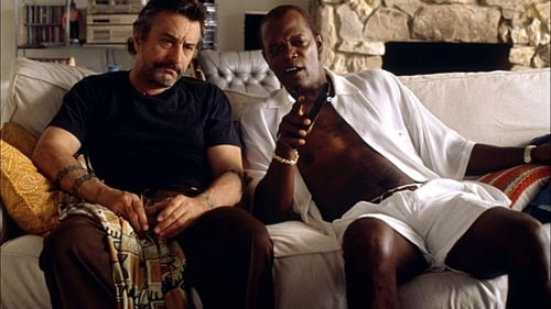 Jackie Brown - Six players on the trail of a half million in cash. There's only one question... Who's playing who? - Azwaad Movie Database