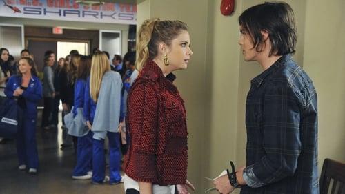Pretty Little Liars - Season 2 - Episode 20: 20