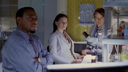 House - Season 1 - Episode 17: Role Model