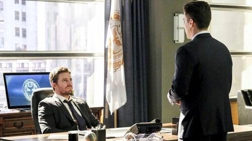 arrow - Season 5 - Episode 18: Disbanded