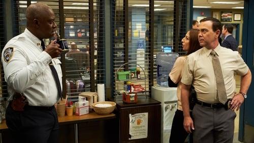 Brooklyn Nine-Nine - Season 5 - Episode 21: white whale