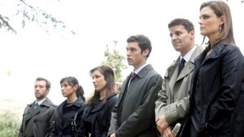 Bones: Season 4 – Episod Double Death of the Dearly Departed