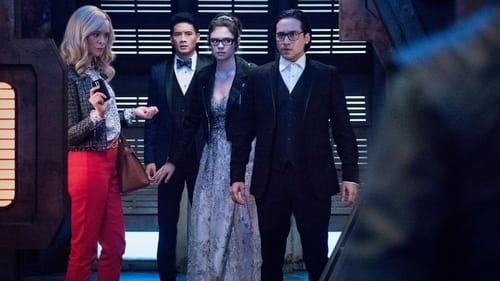 Supergirl - Season 6 - Episode 6: Prom Again! (2)