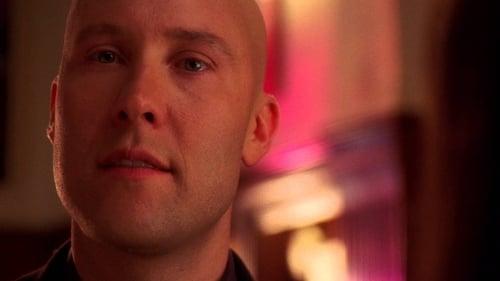 Smallville - Season 6 - Episode 22: Phantom