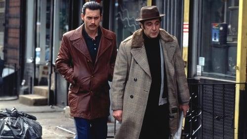 Donnie Brasco - Based on a true story. - Azwaad Movie Database