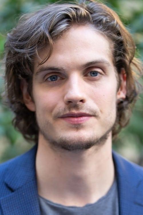 Kép: Daniel Sharman színész profilképe