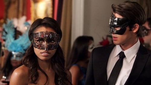 The Vampire Diaries - Season 2 - Episode 7: Masquerade