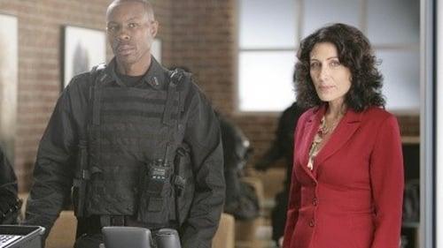 House - Season 5 - Episode 9: Last Resort
