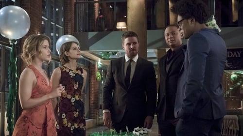 arrow - Season 5 - Episode 22: Missing