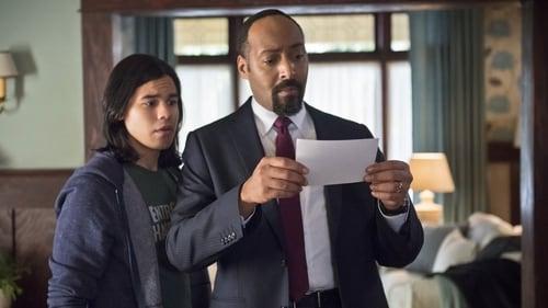 The Flash - Season 1 - Episode 13: The Nuclear Man