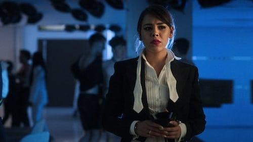 Élite - Season 3 - Episode 4: Lu