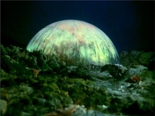UFO: Season 1 – Episode Reflections in the Water