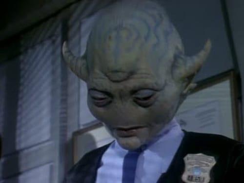Space Precinct: Season 1 – Episode Friends