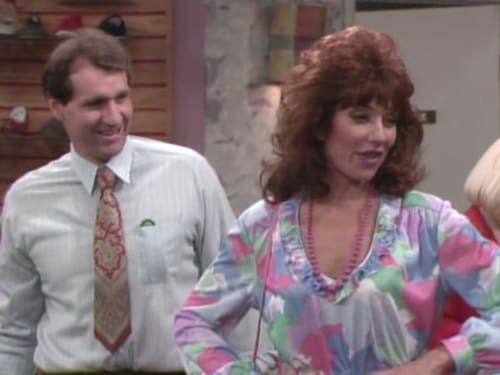 Married... with Children - Season 1 - Episode 12: Where's the Boss
