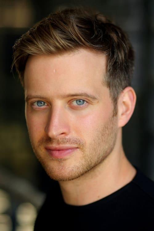 Kép: Nicholas Ralph színész profilképe