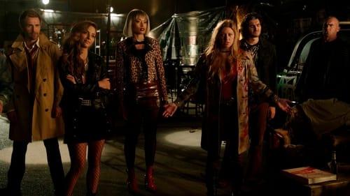 DC's Legends of Tomorrow - Season 6 - Episode 1: Ground Control to Sara Lance